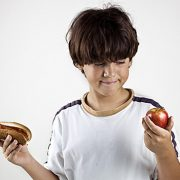 KIDS HEALTHY EATING CHOICES ISTOCKPHOTO