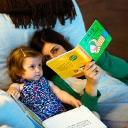 mom_reading_to_child_bilingual