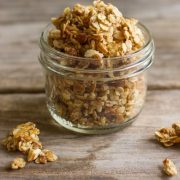 Homemade-Coconut-Oil-Honey-Almond-Granola-1