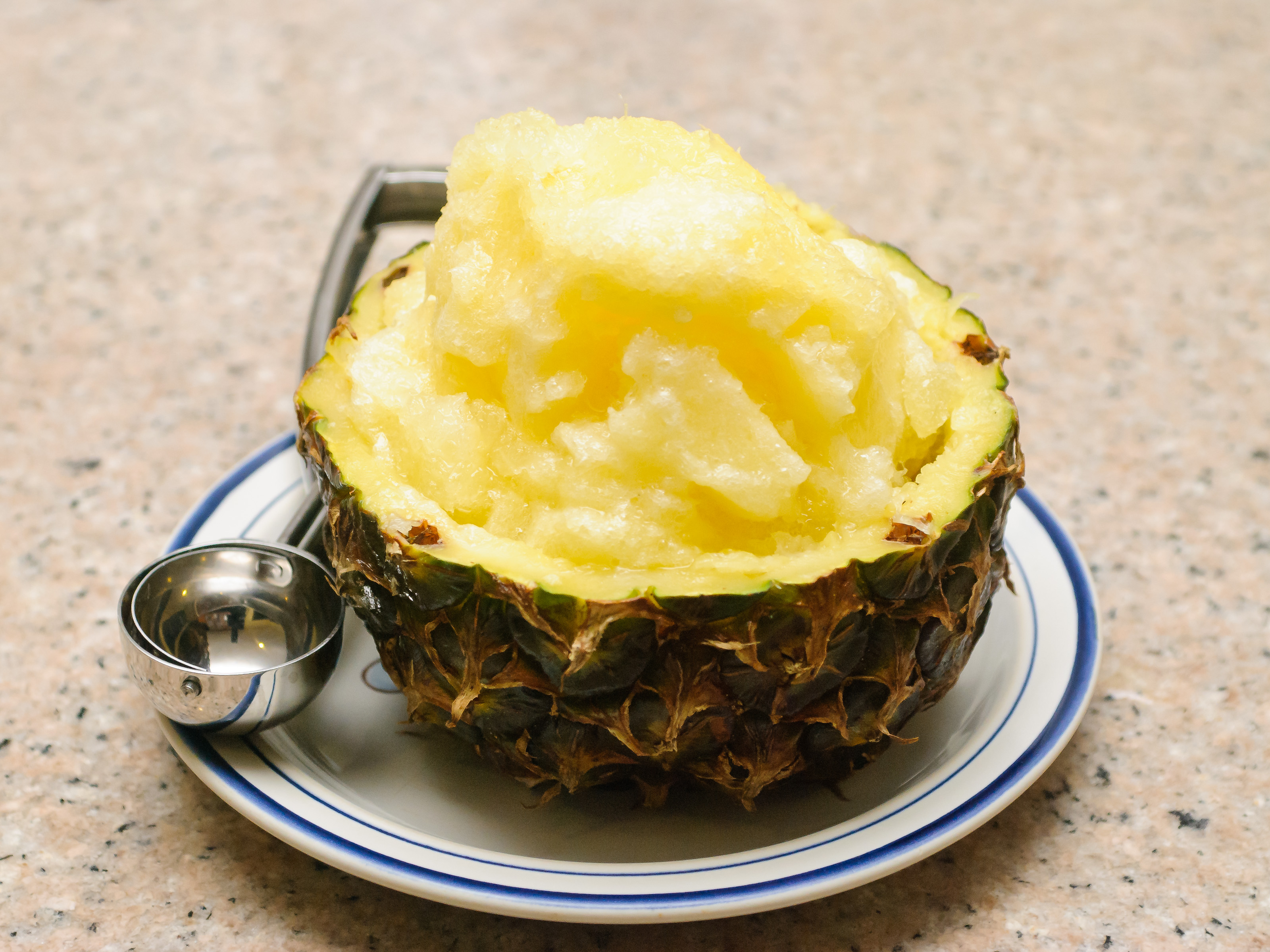 Make-a-Pineapple-Sorbet-Bowl-Step-16