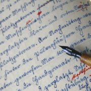 oxi-sto-kokkino-stylo