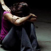 td_helping_depressed-teen-girl