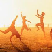 kids-in-sun