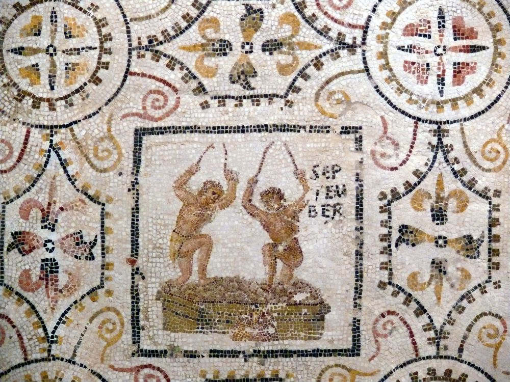 Sousse_mosaic_calendar_September