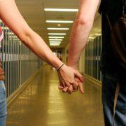 teenagers-dating-in-high-school-600x320