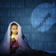 child-afraid-of-the-dark