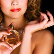 10-best-fruity-perfumes-for-women-770x586