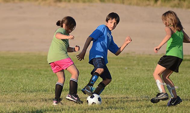 enfants-faisant-du-sport