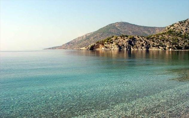 παραλία Ψάθα