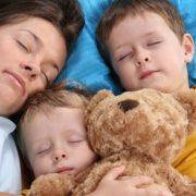 να κοιμόμαστε μαζί με το παιδί