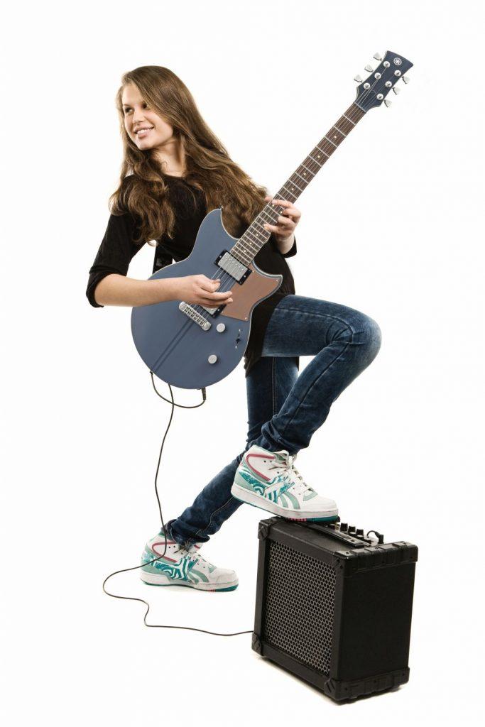 guitar-girl1