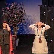 Η Αλίκη συναντά τη χώρα των θαυμάτων