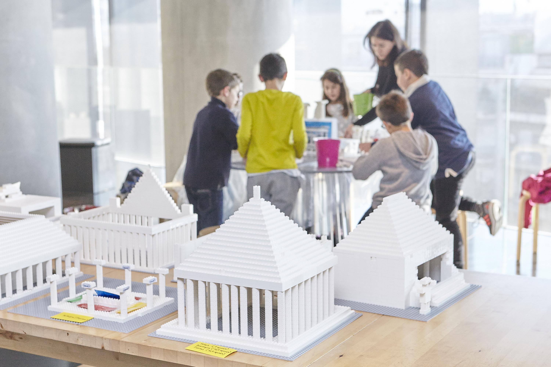 Παιδικό εργαστήριο LEGO_Μουσείο Ακρόπολης_Φωτογραφία Γιώργος Βιτσαρόπουλος