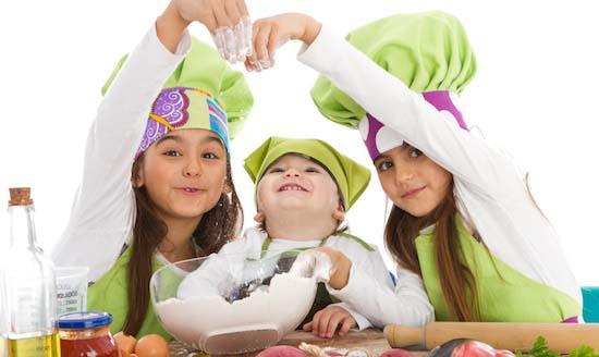 Παιδιά στην κουζίνα 2