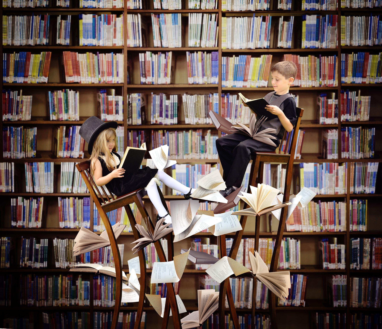 Αποτέλεσμα εικόνας για ομορφη ηθοποιος που διαβάζει βιβλίο