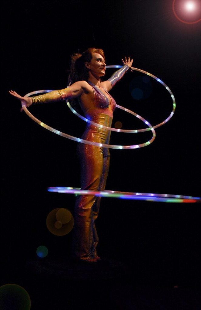 Circus Outdoors - Anna_Jack_3_preview