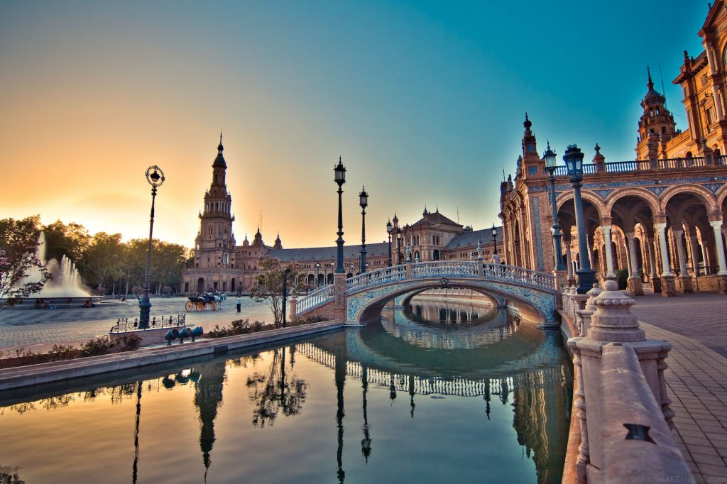Plaza_de_Espana,_Seville,_Spanje