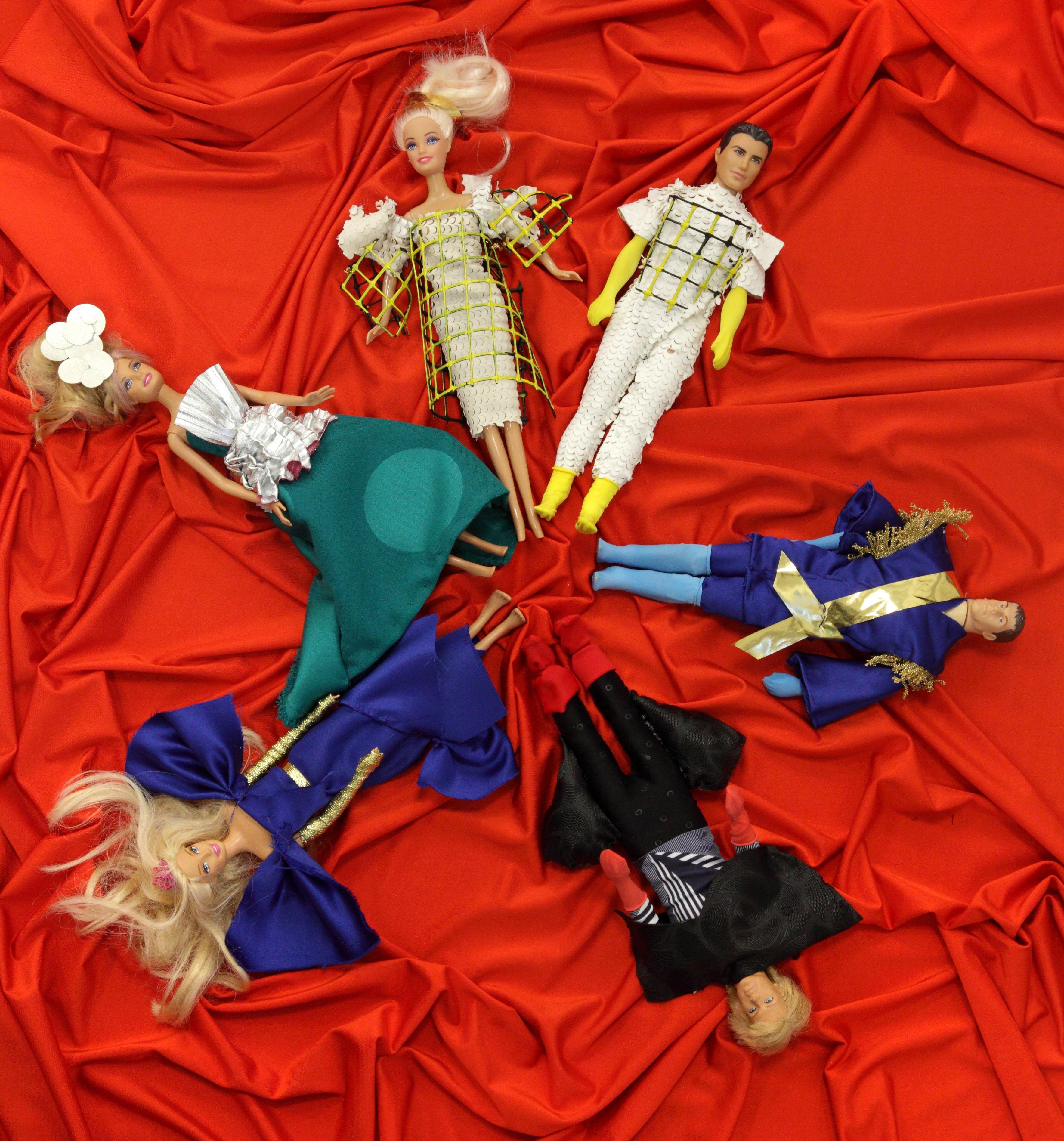H πριγκίπισσα και το μπιζέλι - μακέτες κοστουμιών Ιωάννας Τσάμη_φωτό Γ. Δομένικος - Αντίγραφο