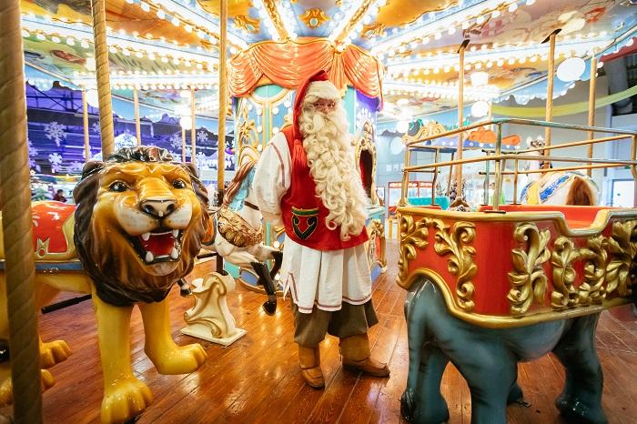 low carusel santa 1