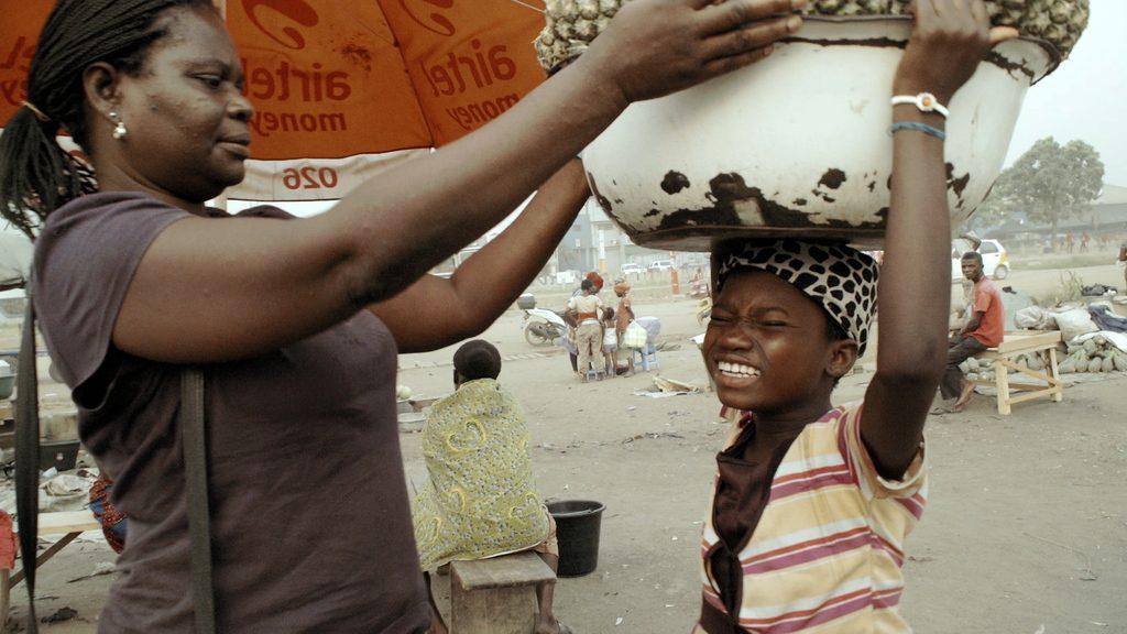Kayayo the living Shopping baskets