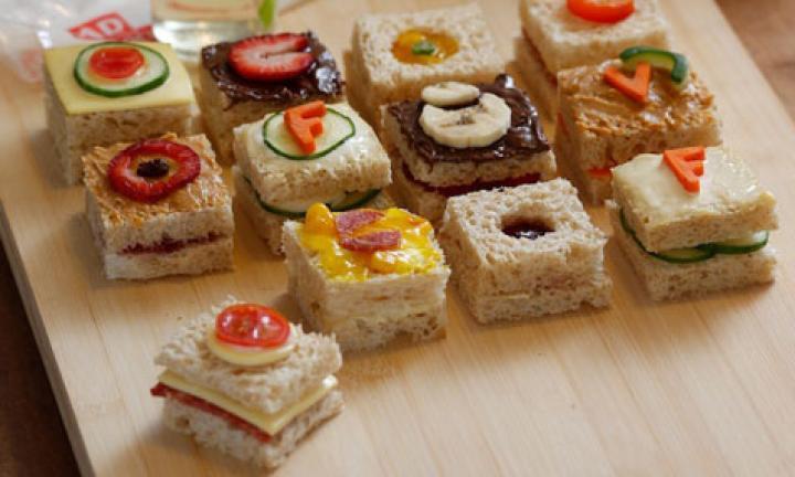 ipod-sandwiches-476.jpg-20150309014532_q75,dx720y432u1r1gg,c--