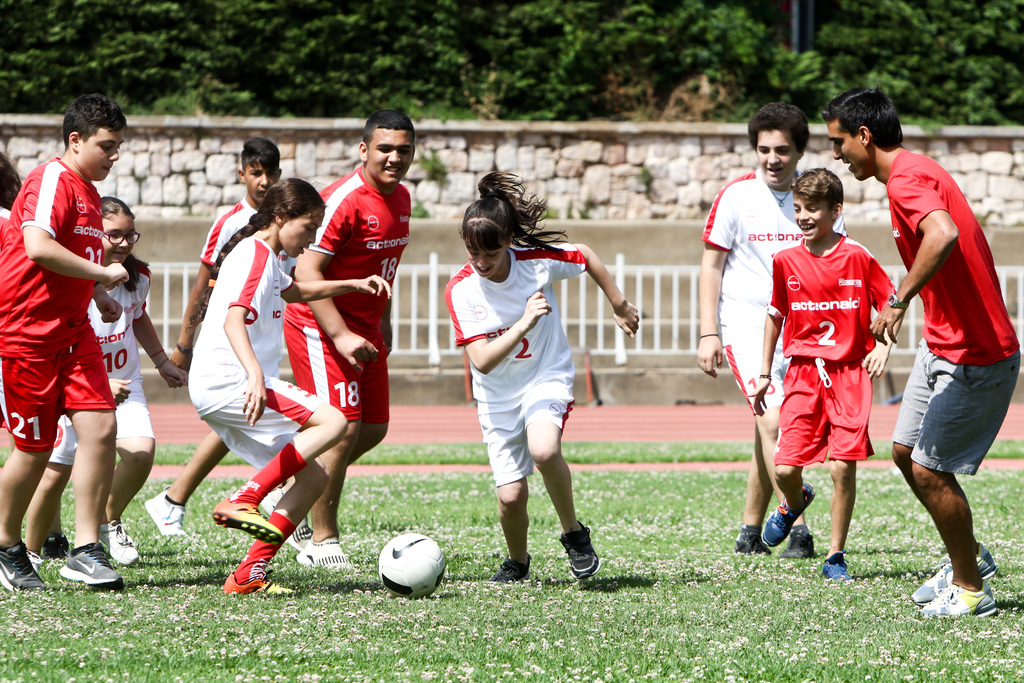 Στην ομάδα νέων της ActionAid, αγόρια και κορίτσια παίζουν μαζί!