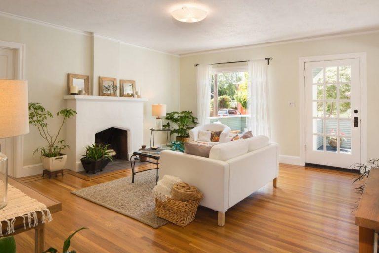 φυτά-εσωτερικού-χώρου-σε-χωριάτικο-σπίτι-768x512