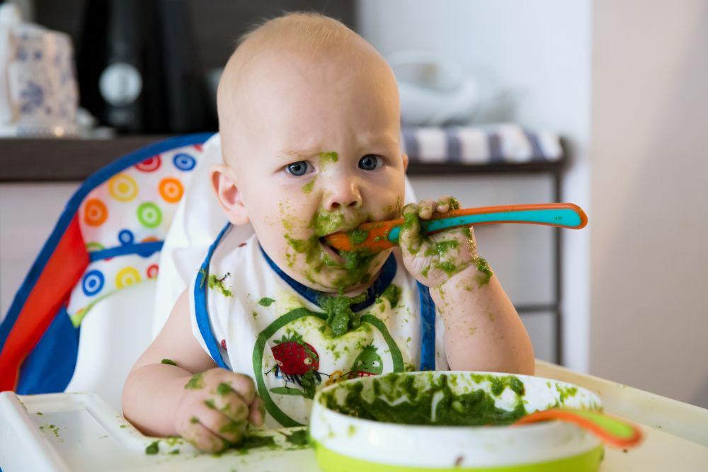 εισαγωγή των στερεών τροφών