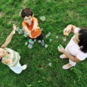 παιδικές φιλίες